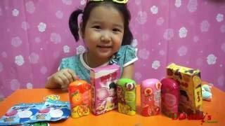 getlinkyoutube.com-Dâu tây bóc và thử vị kẹo cao su Lotte BUB-up - Baby learn colors