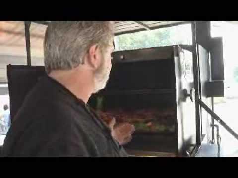 Myron Mixon's whole hog presentation 2009