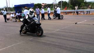getlinkyoutube.com-Honda cbr 1000rr vs RX 135 HD
