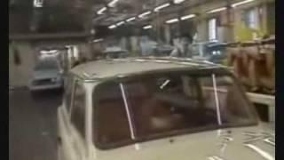 getlinkyoutube.com-The Communist Trabant