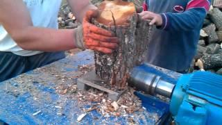getlinkyoutube.com-cepanje drva  elvis paralovo