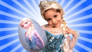 getlinkyoutube.com-Disney Frozen Videos – Elsa Toys In Giant Frozen Surprise Egg Opening + Wig and Tiara