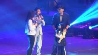 getlinkyoutube.com-Darren Espanto w/ family onstage for #DBirthdayConcert