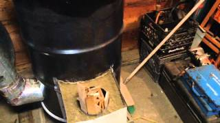 getlinkyoutube.com-Rocket Mass Heater/Stove another Prepper's Must Have