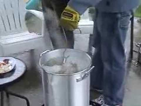Deep fried Turkey - The proper way!