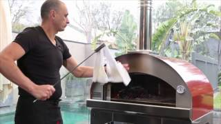 getlinkyoutube.com-Fontana Mangiafuoco Pizza Oven