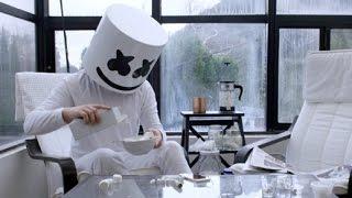 getlinkyoutube.com-Marshmello - Keep it Mello ft. Omar LinX (Official Music Video)