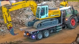 getlinkyoutube.com-RC tractor & excavator doing teamwork at the construction site!