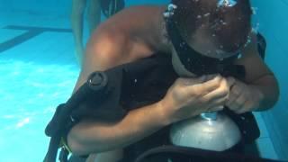 getlinkyoutube.com-Prova de curso de mergulho Corpo de Bombeiros SP