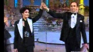getlinkyoutube.com-Mia Martini  Sanremo 1992:   applausi, classifica finale, premiazione.