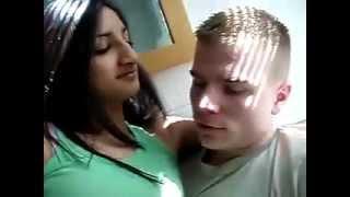 getlinkyoutube.com-desi sexy girl likes and kissing gora (english man)