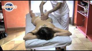 getlinkyoutube.com-Massaggio Ayurveda linfodrenante