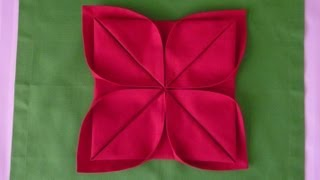 getlinkyoutube.com-Napkin Folding - Lotus