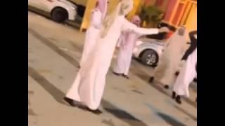 getlinkyoutube.com-تنكس على شيلات 1   ياشوق قلبي وعيني/ فهد العتيبيFM ♪