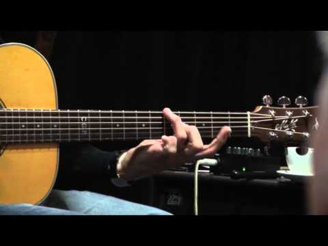 TOMMY EMMANUEL - STRUTTING BY JERRY REED - KENDAL  2012 WORKSHOP