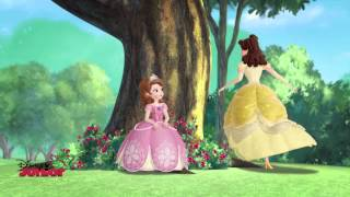 getlinkyoutube.com-Sofia The First - The Amulet And The Anthem - Song ft Belle
