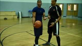 getlinkyoutube.com-Randy Booker Ball-handling Series: Reading The Defense In Triple Threat And Off The Dribble