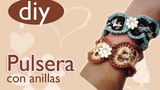 getlinkyoutube.com-Tutorial Pulsera hecha con anillas 5