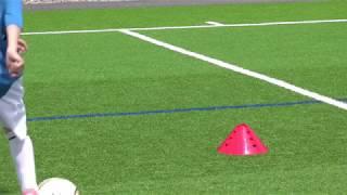 getlinkyoutube.com-Fussballtraining: Fintenzickzack - Finten - Technik