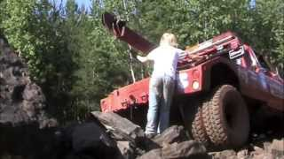 getlinkyoutube.com-A hot chick and a big 4x4 truck by BSF Recovery Team