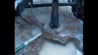 getlinkyoutube.com-Бурение скважины по камню малогабаритной гидравлической буровой установкой, долото алмазное БКВД