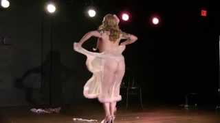 Patsy Blue Ribbon performs an improv burlesque performace backed by live jazz