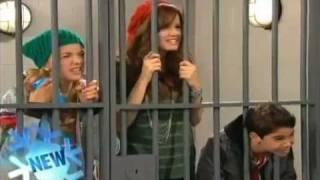 getlinkyoutube.com-Disney - Jessie - A Christmas Story - Promo