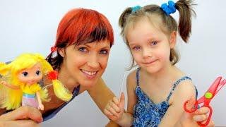 getlinkyoutube.com-Игры для девочек: ПАРИКМАХЕРСКАЯ и КУКЛА. Маша и Алина играют в парикмахерскую. Видео для детей.