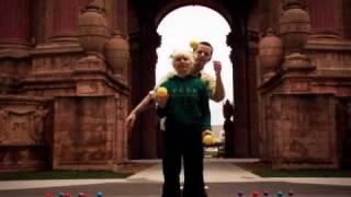 getlinkyoutube.com-Bri&Brian partner ball routine