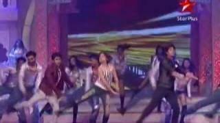 getlinkyoutube.com-Drashti Dhami, Karan Wahi & Jai Soni Dance Performance at ITA - 16th October 2011