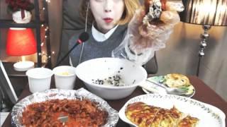 닭발,계란말이,주먹밥 :슈기의 먹방 [Shoogi's Eating Show] chicken & rolled omelet