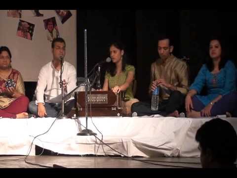 Navin aaj chandrama on Harmonium