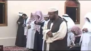 getlinkyoutube.com-امام سوداني يصلي في المسجد شاهد واسمع ؟؟
