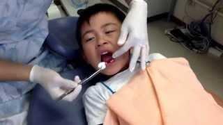 getlinkyoutube.com-歯医者さん 下の前歯抜きますよ!(◎_◎;)