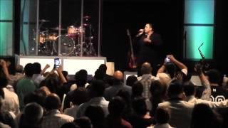 getlinkyoutube.com-Julio Covarrubias Ex Banda Cuisillos en Iglesia Rios de Agua Viva