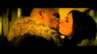 Xxx - Scena trash (bacio Vin Diesel e Asia Argento)