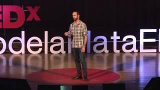 El poder de las historias   Eduardo Sáenz de Cabezón   TEDxRiodelaPlataED width=