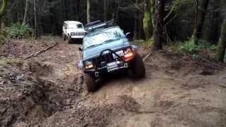getlinkyoutube.com-Wheeling my lifted Jeep Cherokee (4.5 inch lift)