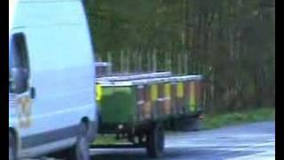 getlinkyoutube.com-lr trailer for bees-pčelarska prikolica za lr košnice 44