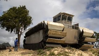 getlinkyoutube.com-MONSTER TRUCK US military Ultra Heavy Lift Amphibious Connector