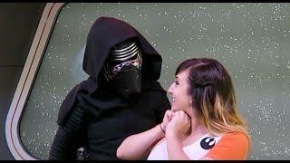 getlinkyoutube.com-Interactive Kylo Ren meet in the Star Wars Launch Bay at Disneyland