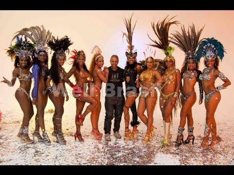 Show bateria escola de samba Well Brasil com as grandes mulatas do carnaval grava comercial.