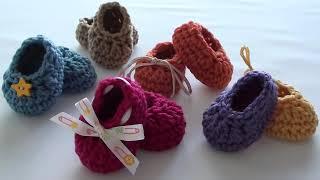 getlinkyoutube.com-Craft Show Crochet Baby Booties - Newborn Size