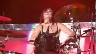 getlinkyoutube.com-Skillet - Monster (Live)