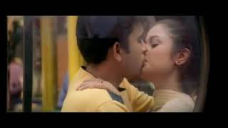 Soniya Agarwal s' Hot Lip Lock Scene