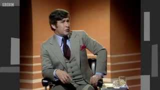 getlinkyoutube.com-Dave Allen - religious jokes