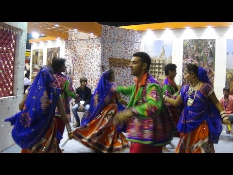 Raas Or Dandiya Raas - Traditional Folk Dance Of Gujarat, India HD Video