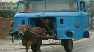getlinkyoutube.com-Funny Urdu Poem For Kids - Vicky ki Car
