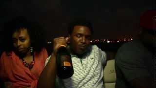 Fiend - Champagne (feat. Curren$y)