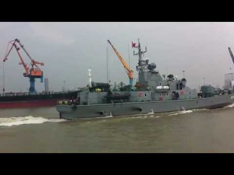 Tàu pháo made in Việt Nam TT400TP ( Navy ship made in Viet Nam TT400TP )